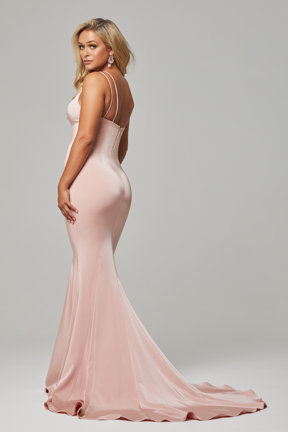 PO593 Blush Bree dress back