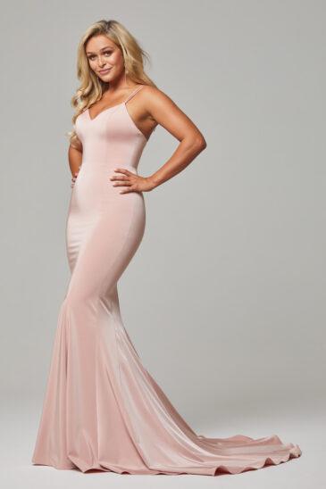 PO593 Blush Bree dress side
