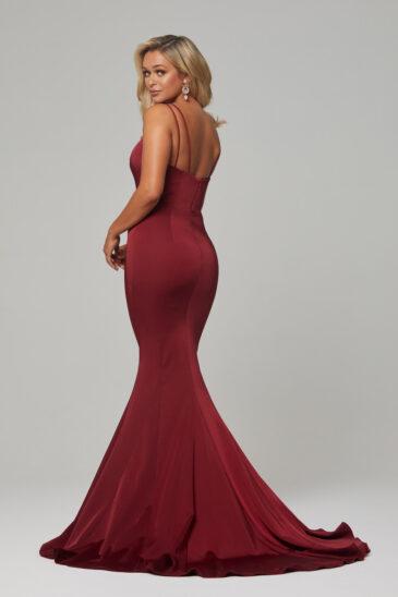 PO593 Wine Bree dress back