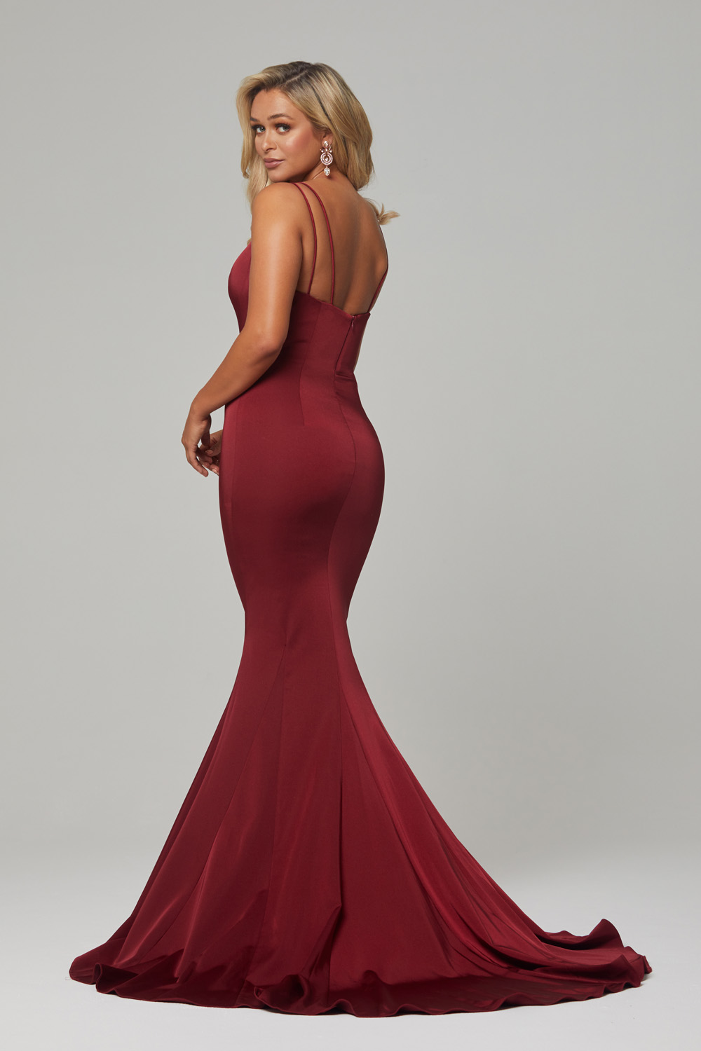 PO593 Wine Bree dress back