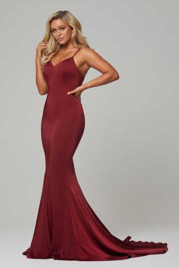 PO593 Wine Bree dress side