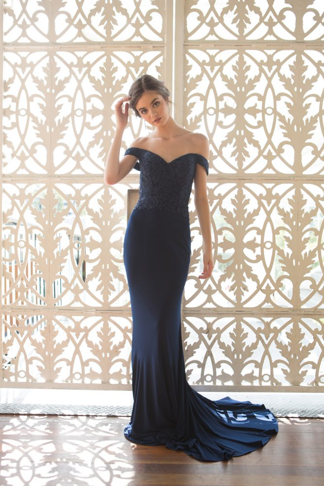 TO778 JAQULYN NAVY FULL LENGTH