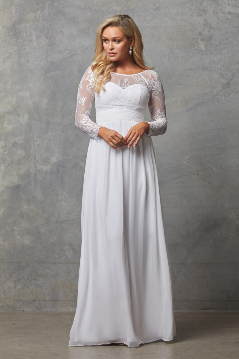 TO802 Pure white Vallaris dress
