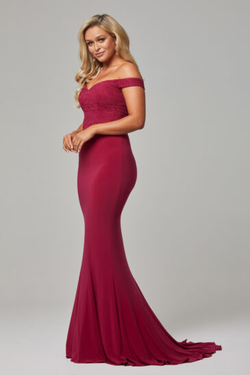 TO778 Berry Jaqulyn dress side
