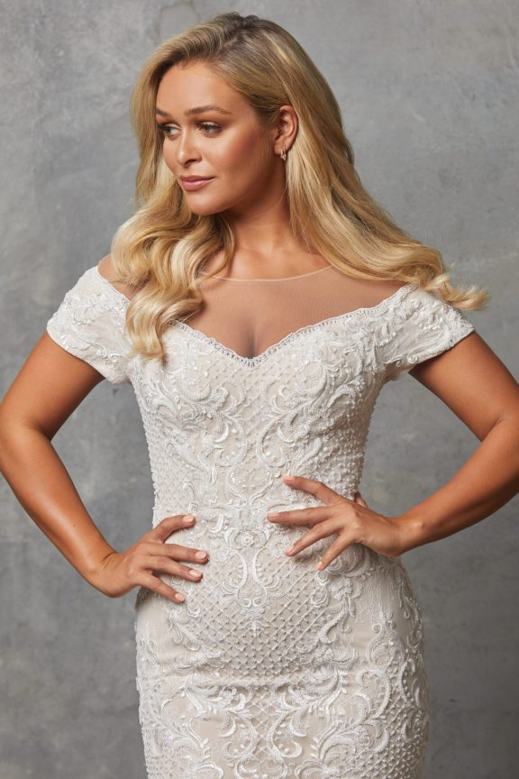 TC228 Vintage white nude Evie dress close up