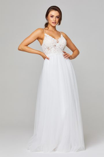 PO842 bridal dress front