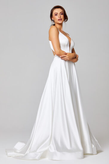 PO851 dress Side