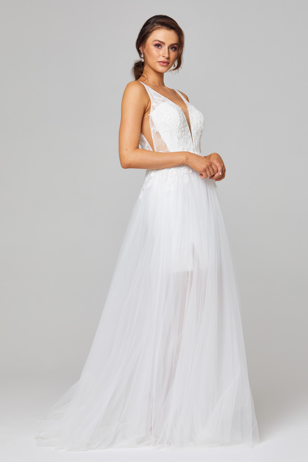 TC319 Arabella wedding dress