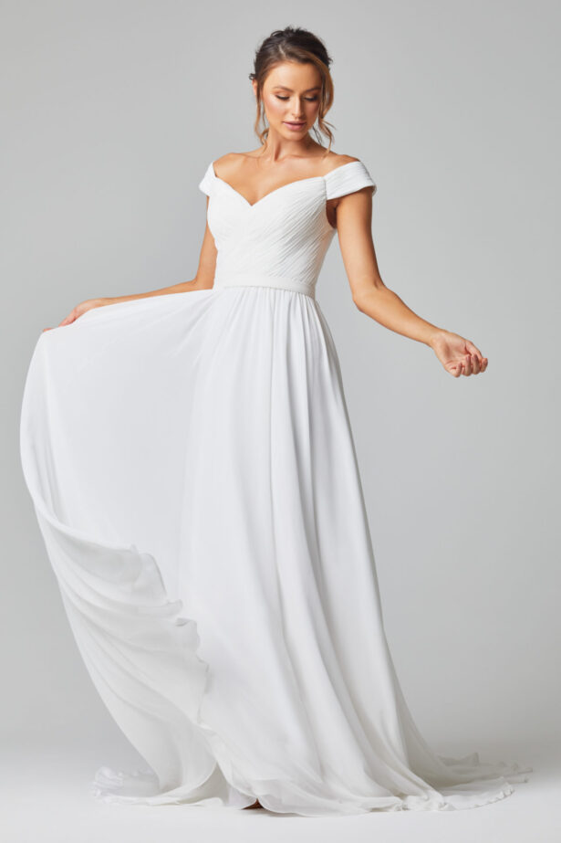 TC323 Annabelle wedding dress side front