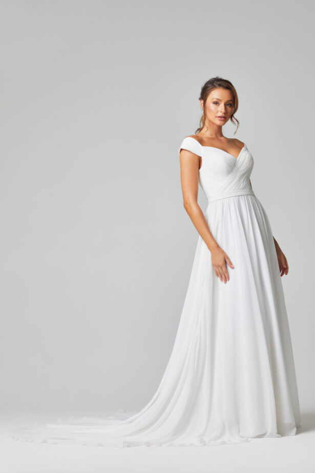 TC323 Annabelle wedding dress side
