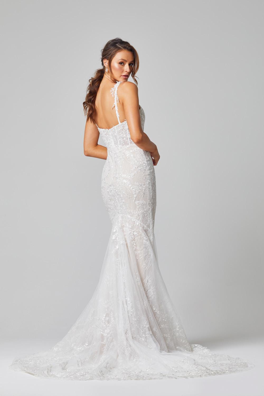 TC324 Juliet wedding dress back