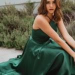 PO913 winona emerald sitting down